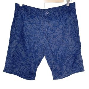 Dapp Men's Size 2/S Blue Floral Chino Khaki Shorts